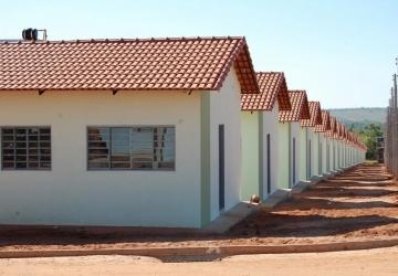 Governo estadual presenteia Iguatemi com 28 casas populares