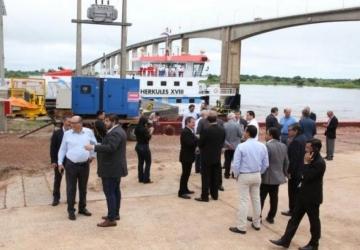 Inauguração de porto atrai presidente paraguaio