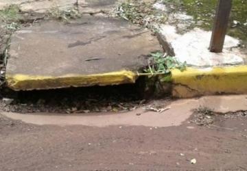 Bugão Construtor pede desentupimento de boeiros em todas a cidade