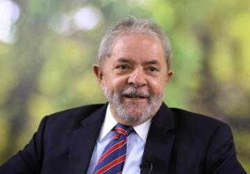 Procuradoria denuncia Lula por corrupção e lavagem