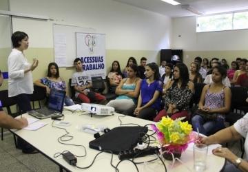 Naviraí tem a primeira oficina para jovem aprendiz