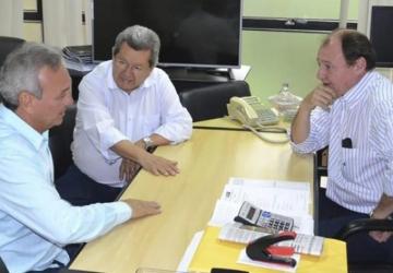 Onevan acompanha prefeitos em audiências