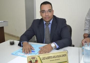Projeto de Júnior obriga bancos a instalar guarda-volumes em agências