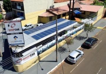 Investimento em energia solar gera economia e ajuda o meio ambiente